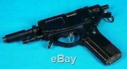 Alien Resurrection 1997 CALL Dr. WREN Pistol Gun prop screen used COA