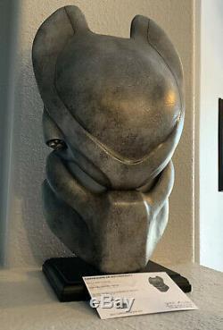 Alien Vs Predator AVP Production Prop Scar's Bio Helmet With COA