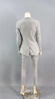 Bad Moms Amy Mitchell Screen Worn (stage 3 & 4) Boss Suit & Shirt Ch 4 Sc 16-19