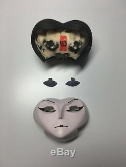 Disney Tim Burton James & the Giant Peach Ms. Spider Puppet Production Prop Head