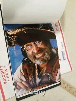 Genuine HOOK movie autograph book crew gift ROBIN WILLIAMS SPIELBERG HOFFMAN