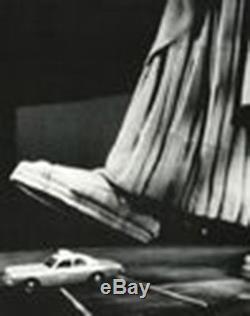 Ghostbusters 2 (1989) Orig. Prod. Artifact Crushed Police Car Liberty Scene