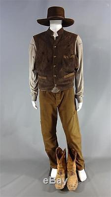 MAGNIFICENT 7 JOSH FARRADAY CHRIS PRATT SCREEN WORN FINAL BATTLE COSTUME With HAT