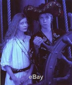 Original movie prop ship's wheel from Jolly Roger 2003 Peter Pan