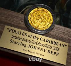 PIRATES OF THE CARIBBEAN Disney COIN Prop, DVD, JOHNNY DEPP Signed, DISNEY COA