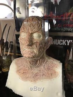 Robert Englund Freddy Krueger Kurtzman Made Face Prosthetics NOES Elm Street
