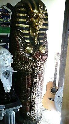 SCREEN USED SARCOPHAGUS from the NICOLAS CAGE movie NATIONAL TREASURE