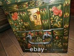 Screen Used Movie Prop from Peter Pan Captain Hook's Pirate Treasure Chest